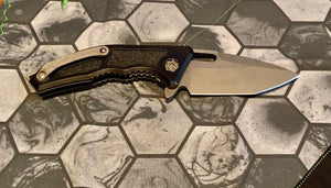Heretic Knives  manual Medusa. Tanto battle worn black