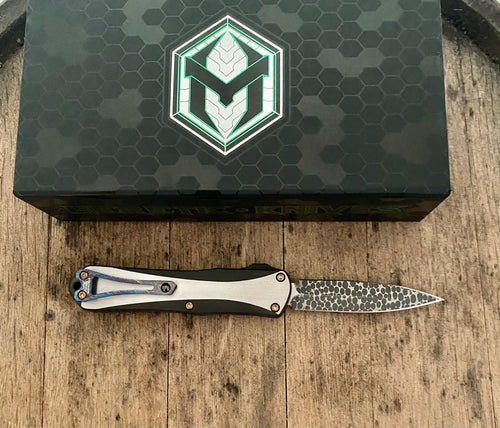 Heretic Knives Custom manticore E dlc SS chassis with hand ground Vegas forge Damascus blade