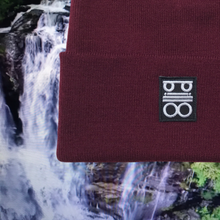 Load image into Gallery viewer, pillo beanie burgundy