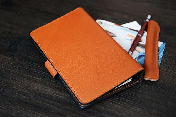 products/Handmade_Italian_Leather_Notebook_Journal_Book__6_grande_776aa921-4ec1-4f6b-bdf6-e3643766aa4c.jpg