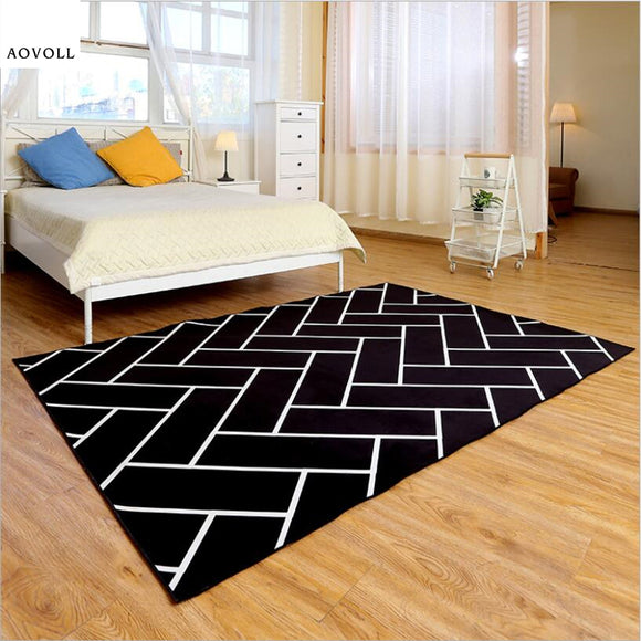 White/Black Soft Area Rug