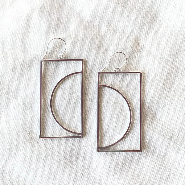 Arco Dangle Earrings