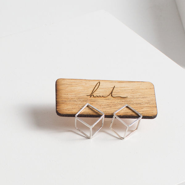 Small Nabi Cube Earrings