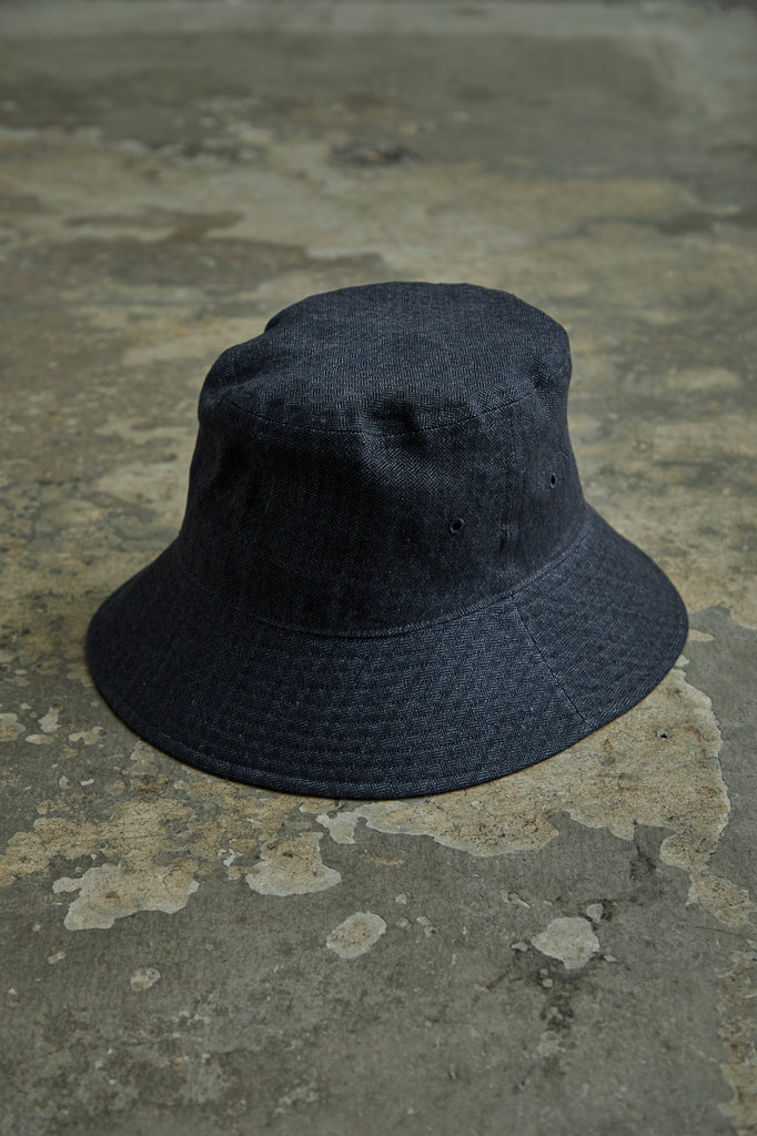INDIGO BASKET TWILL BUCKET HAT