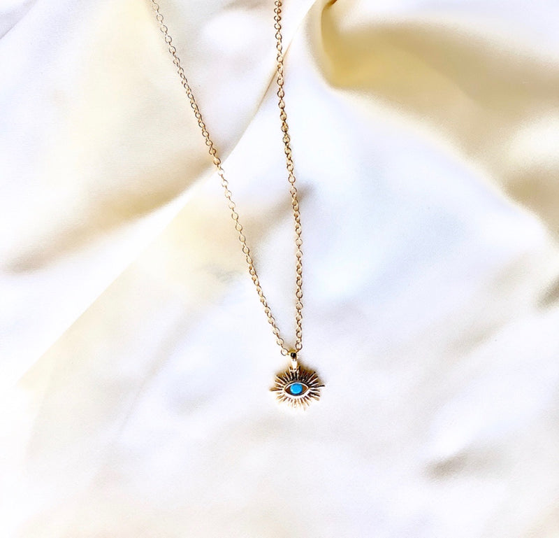 Blue eye necklace