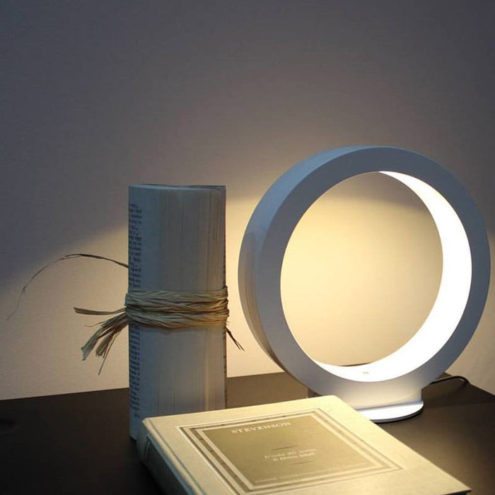 Assolo Table Lamp by ZANEEN design