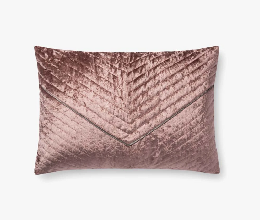 P0696 Pillow by Loloi