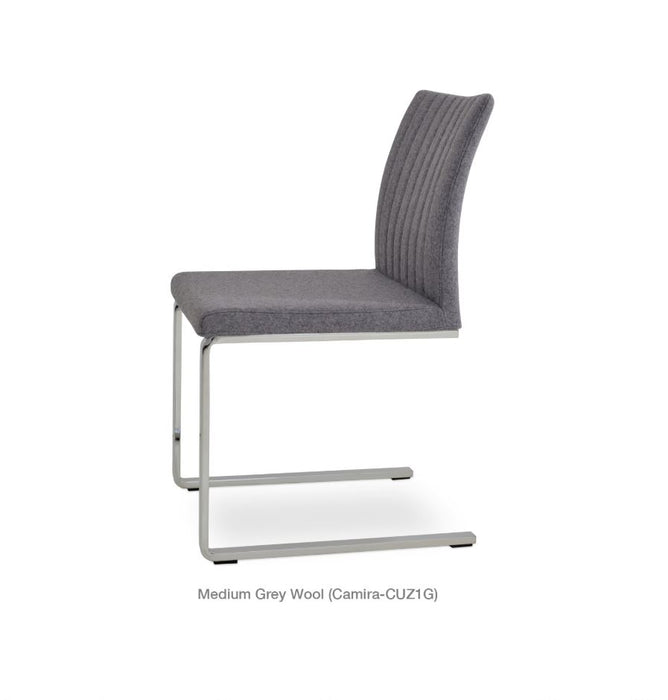 Zeyno Flat Chair by Soho Concept