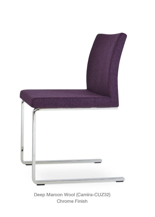 Aria Flat Chair by Soho Concept