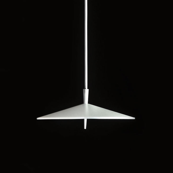 Pla Suspension Lamp by ZANEEN design