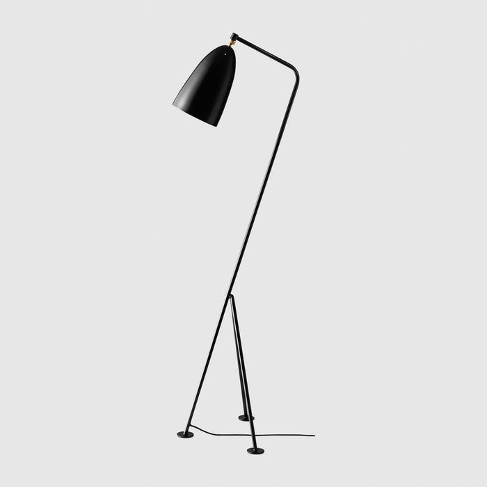 Gräshoppa / Grasshopper Floor Lamp by Gubi