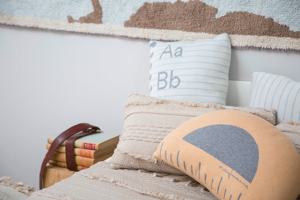 Kitted Cushion Ruler by Lorena Canals