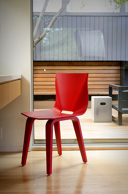 V Dining Chair by Mu Form