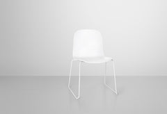 Visu Chair with Sled Base by Muuto