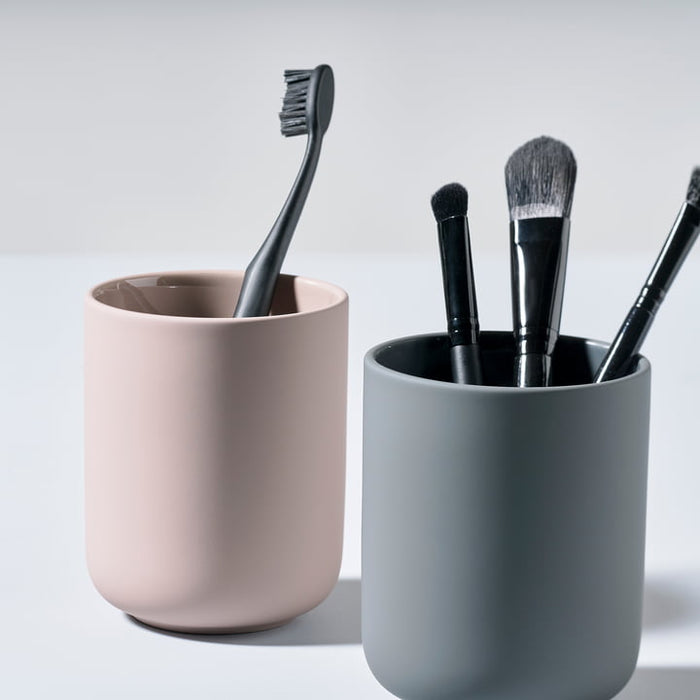 Ume Toothbrush Cup by Zone Denmark