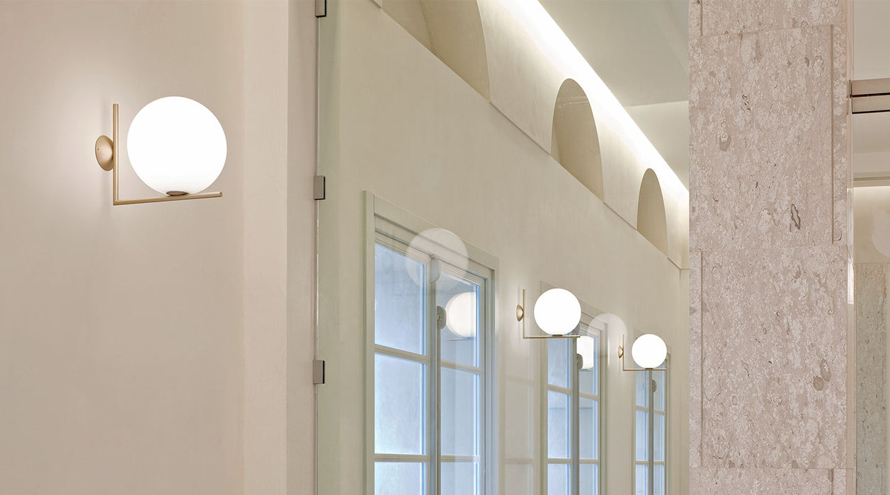 IC Wall/Ceiling Lamp by Flos
