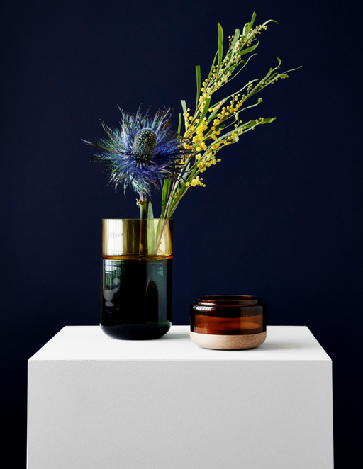 Pi-No-Pi-No Vase by New Works