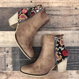 Variedshoes Vintage Embroidered Chunky Heel Booties