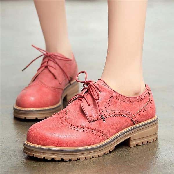 Variedshoes Lace-up Mid Heel Wingtip Oxfords
