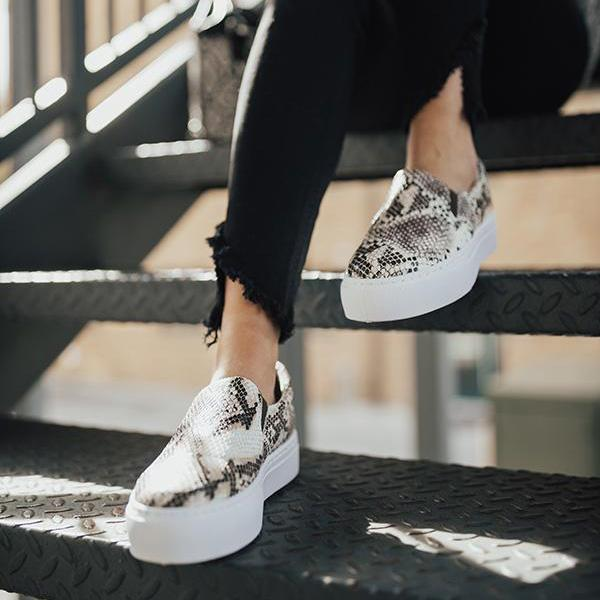 Variedshoes The Linden Snake Print Sneakers