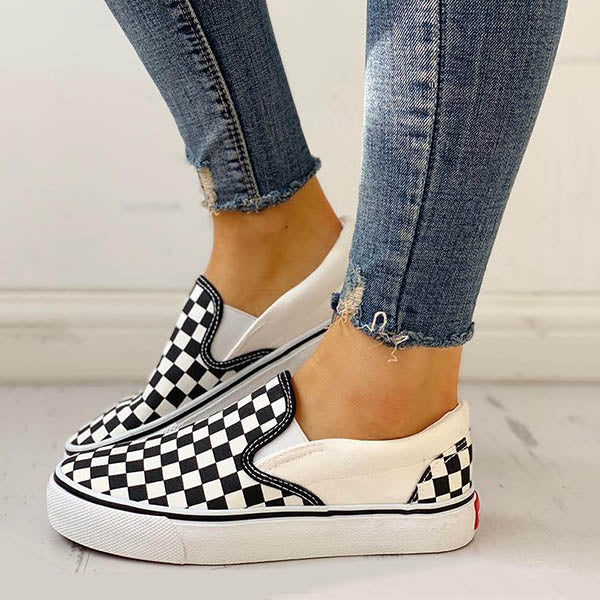 Variedshoes Checkered Flat Comfort Canvas Sneakers