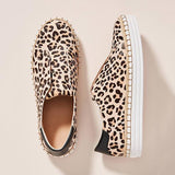 Variedshoes Leopard-Printed Slip-On Sneakers