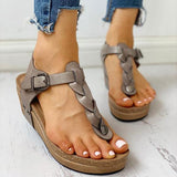 Variedshoes Rivet Design Toe Post Wedge Sandals