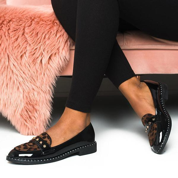 Variedshoes Fashion Patent Leopard Flat Loafers