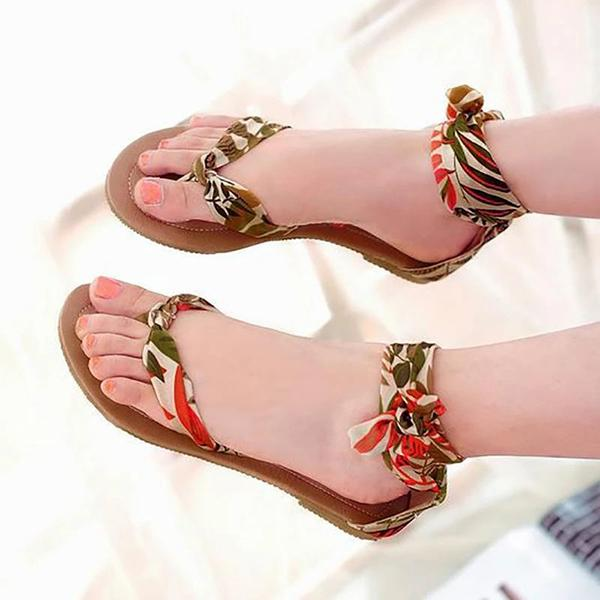 Variedshoes Fashion Strappy Top Post Flat Sandals