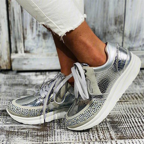 Variedshoes Women Casual Lace Up Comfortable Retro Sneakers