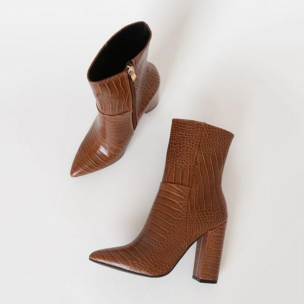 Variedshoes Crocodile Pointed-Toe Mid Calf Boots