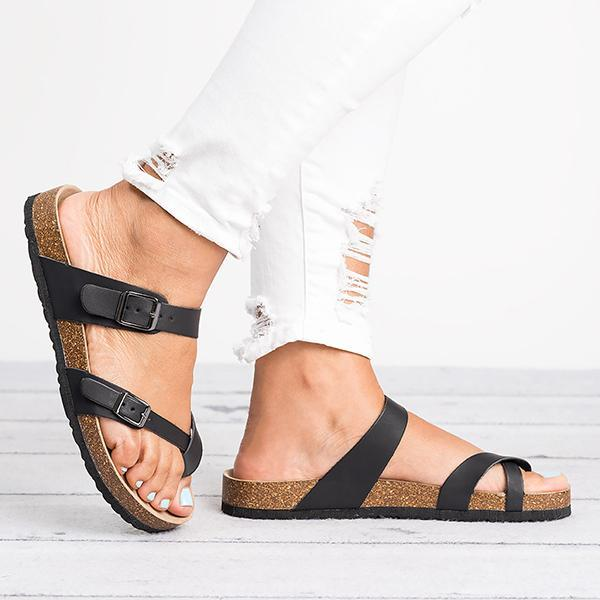 Variedshoes Leather Strap Buckle Flats Sandals