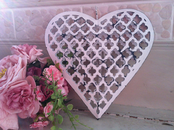 Large Arabesques Metal Hanging Heart White