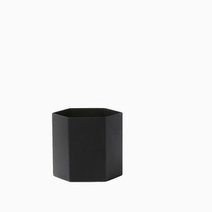 Ferm Living Hexagon Pot Large - Black