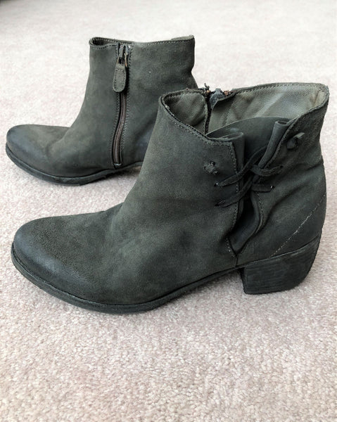 Gidigio Size 6 Green Booties