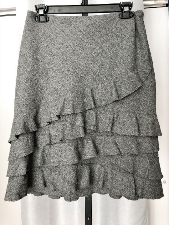DKNY Size 10 Gray Wool Ruffled Skirt