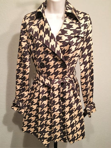 Vertigo Paris Small Beige & Brown Houndstooth Trench Coat