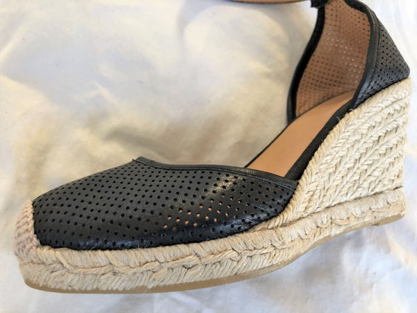 Marc Jacobs Size 6.5 Black Leather Espadrilles