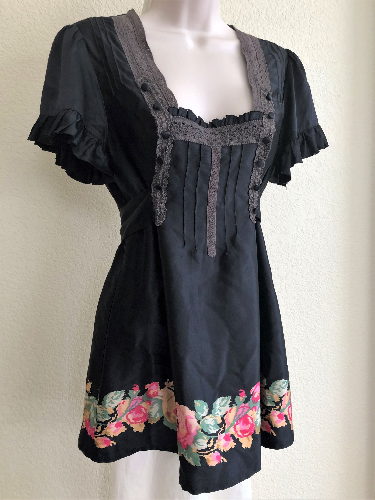 Free People Size 6 Black Silk Floral Top