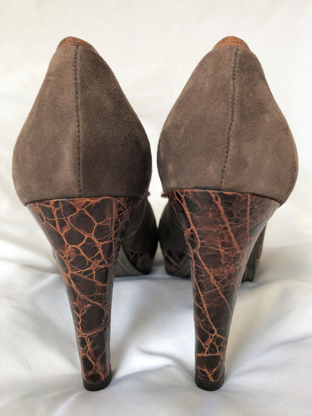 Schuler & Sons Size 8.5 Brown Suede Pumps