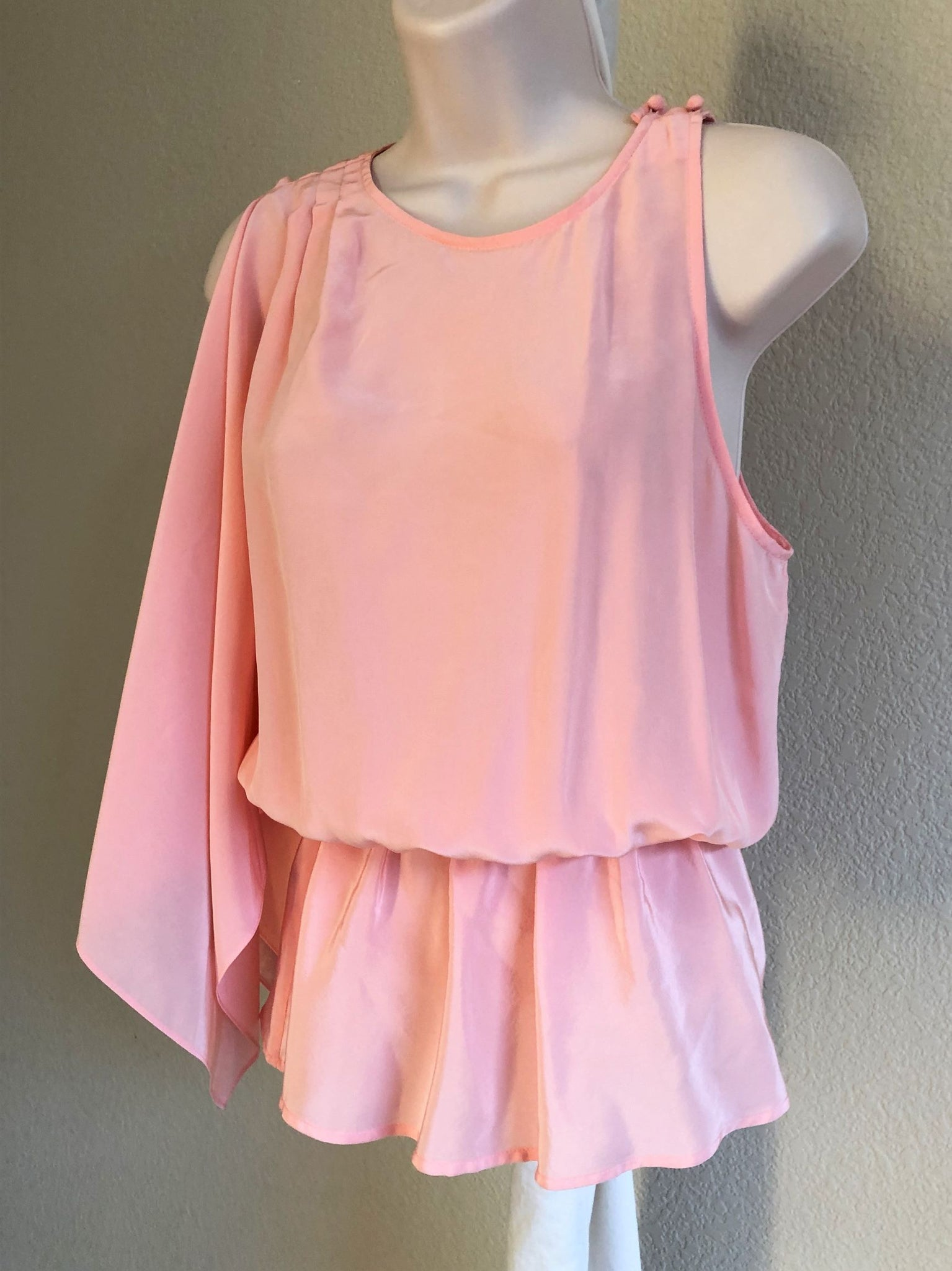 BCBGMaxazria Size Small Pink One Sleeve Top