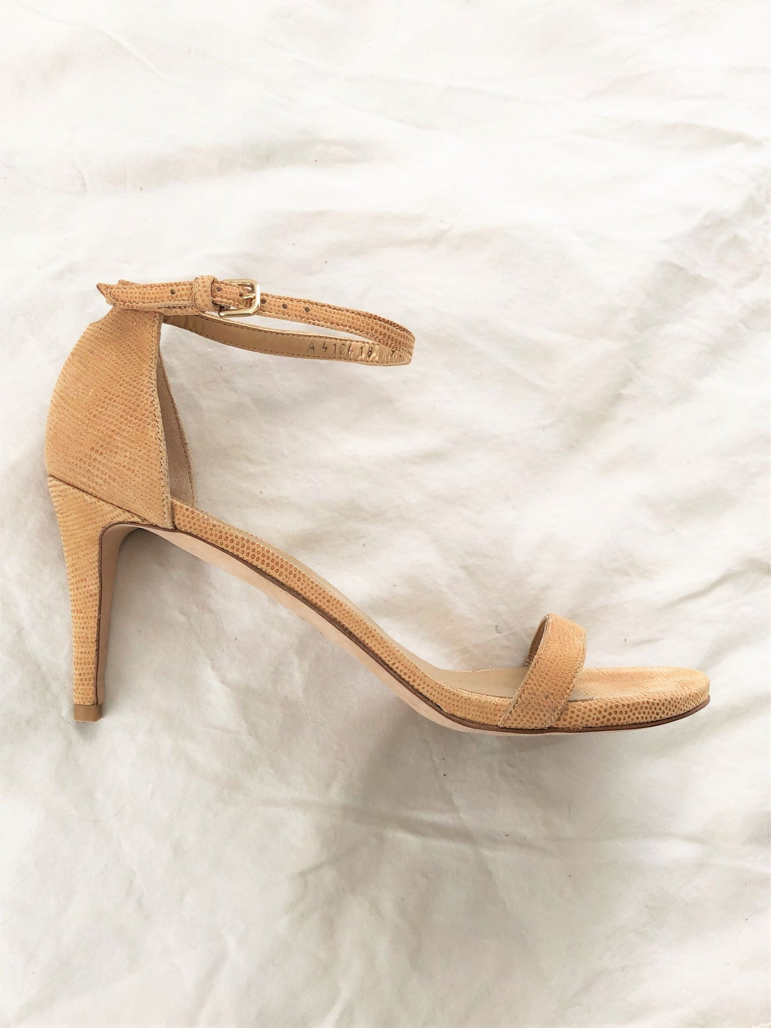 Stuart Weitzman Size 9.5 Nude Leather Strappy Sandals
