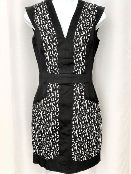 French Connection Size 4 Black & White Sheath Dress