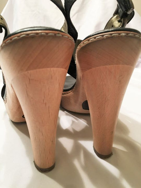 Banana Republic Size 8 Black Leather Platform Heels