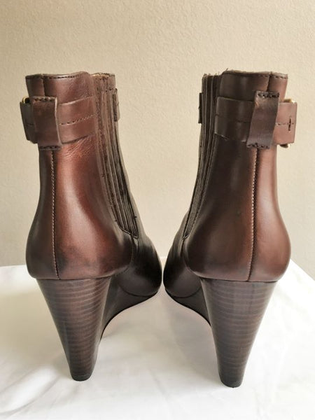 COACH Size 10 Brown Leather Ankle Boots