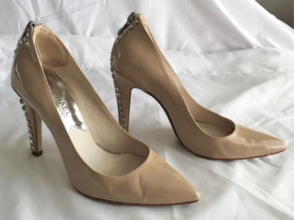 Michael Kors Size 5.5 Beige Patent Leather Zip Heel Pumps
