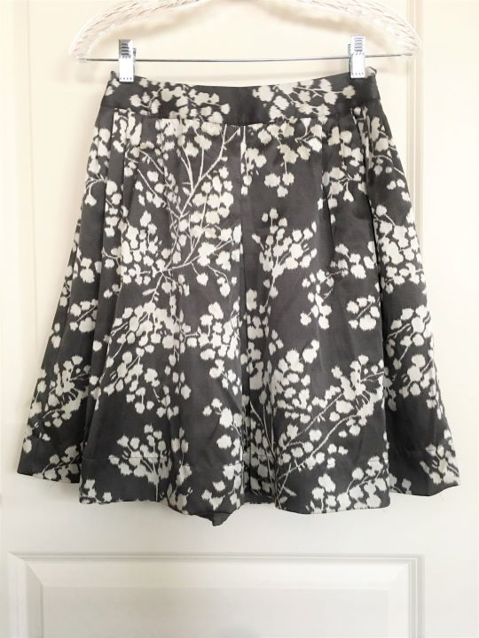 Moulinette Soeurs Anthropologie Size 0 Gray Skirt