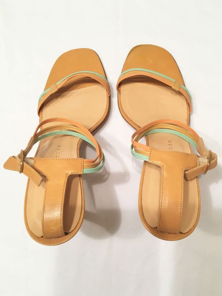 Richard Tyler Size 7 Tan Ankle Strap Heels