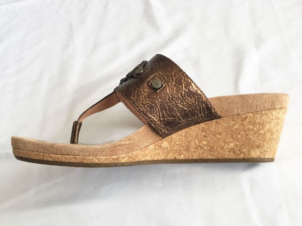 UGG Size 8 Brielle Bronze Cork Wedge Sandal