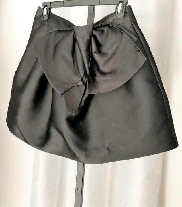 P.A.R.O.S.H. MEDIUM Black Bow Skirt